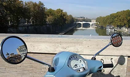 rent scooters, Vespa and bicycle in Rome